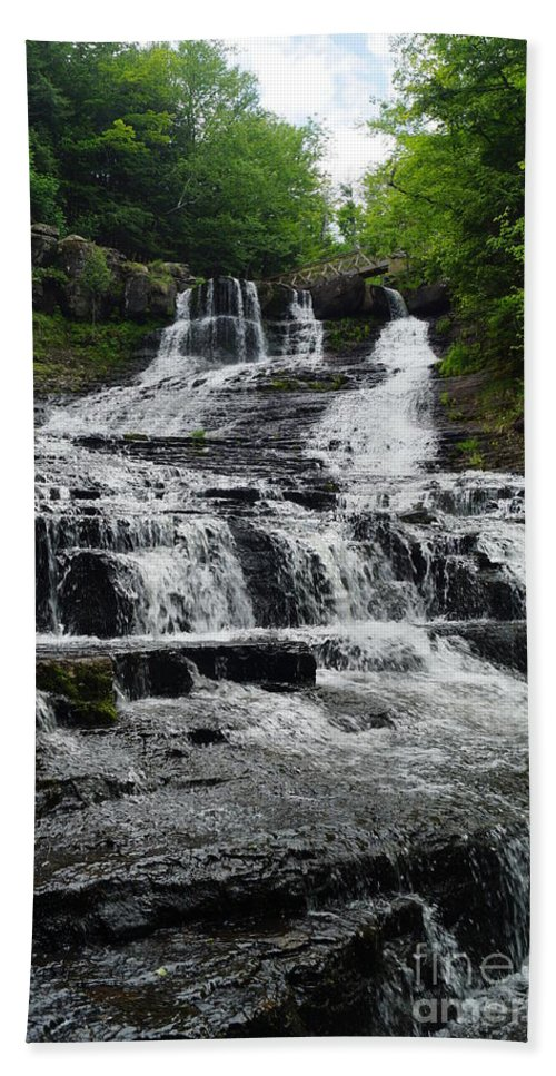 Waterfalls Hand Towel featuring the photograph Heading Up by Jeffery L Bowers