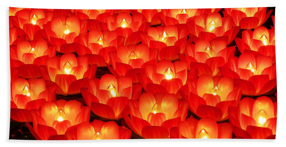 Red Hand Towel featuring the photograph Healing Lights 2 by Xueling Zou