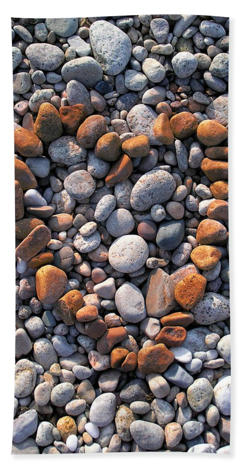 Heart Hand Towel featuring the photograph Heart Of Stones by Charles Harden