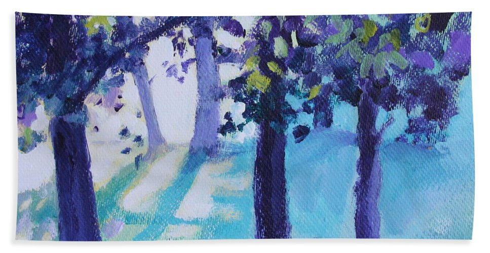 Expressionist Bath Towel featuring the painting Heart Of The Forest by Jan Bennicoff