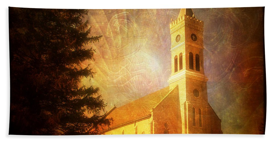 Tree Hand Towel featuring the photograph Heavenly Light by Joel Witmeyer