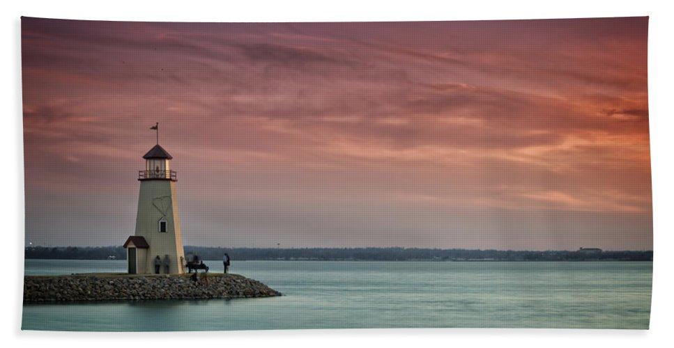 Lighthouse Bath Towel featuring the photograph Hefner Sunset II by Ricky Barnard