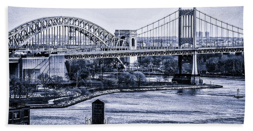 Nyc Hand Towel featuring the photograph Hells Gate Bridge Triborough Bridge by Tommy Parker