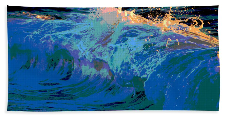 Ocean Bath Sheet featuring the photograph Here Comes The Sun by Dianne Cowen