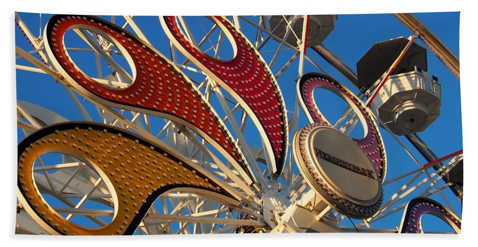 Hershey Park Hand Towel featuring the photograph Hershey Ferris Wheel Of Color by Jennifer Craft