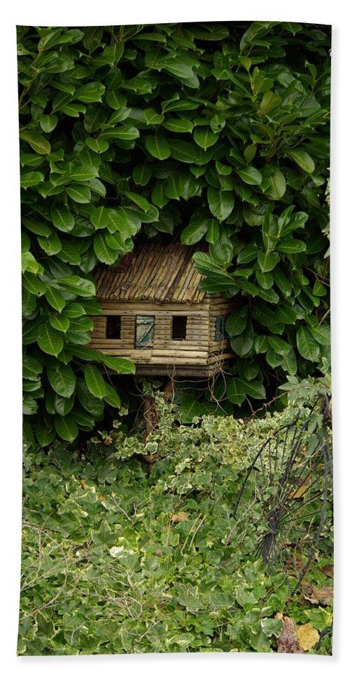Hide Bath Sheet featuring the photograph Hidden Birdhouse by Cindy Johnston