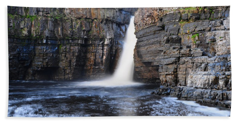 High Force Hand Towel featuring the photograph High Force by Smart Aviation