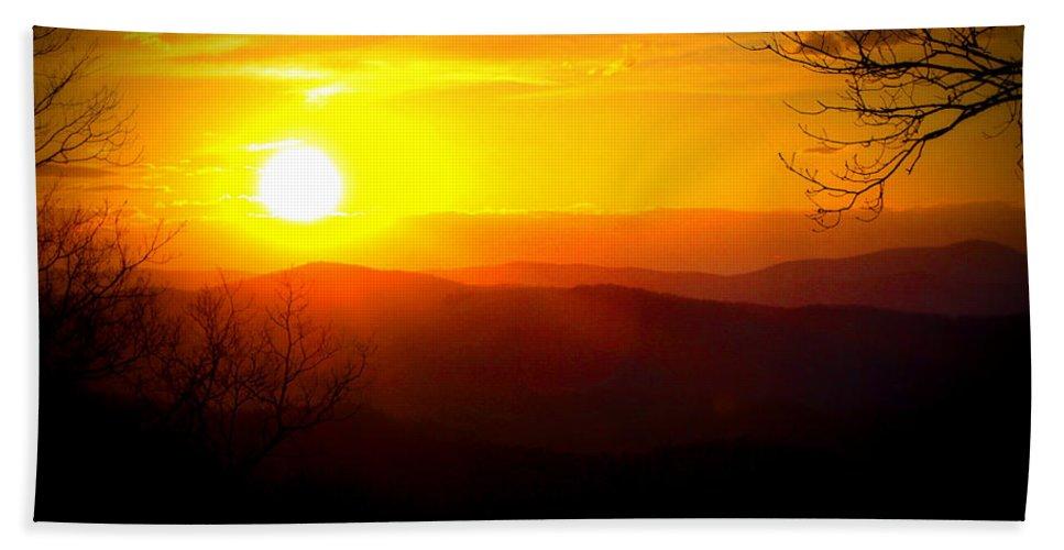 Sunset Hand Towel featuring the digital art Highland Sunset by Tina Meador