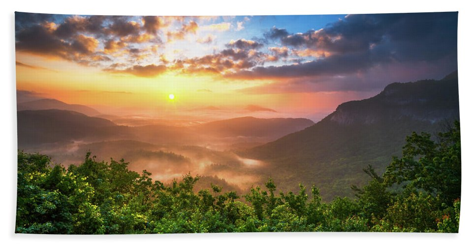 Sunset Bath Sheet featuring the photograph Highlands Sunrise - Whitesides Mountain In Highlands Nc by Dave Allen