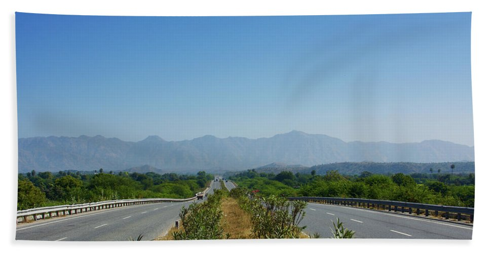 Road Bath Sheet featuring the photograph Highway by Saurabh MIshra