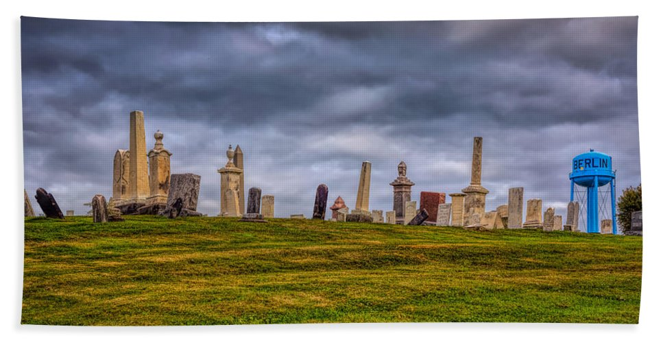 Sky Hand Towel featuring the photograph Hilltop Graveyard by John M Bailey