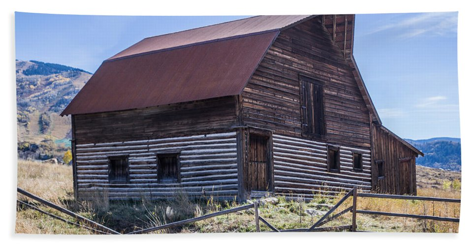 Historic Hand Towel featuring the photograph Historic More Barn by Lynn Sprowl