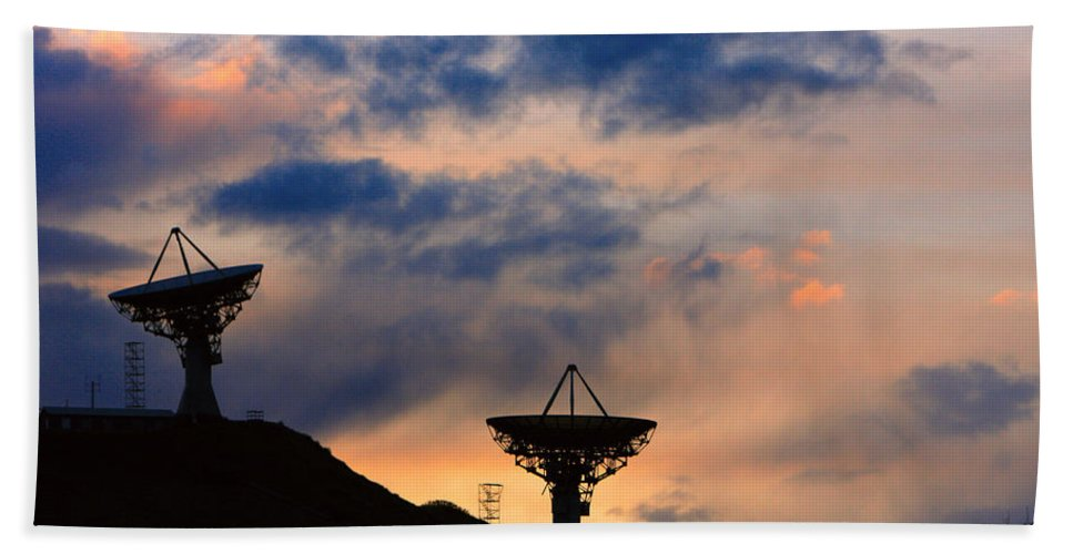 Sunset Hand Towel featuring the photograph Hitech Sunset by James BO Insogna