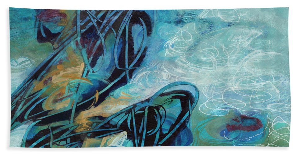 Abstract Bath Sheet featuring the painting Hither And Thither by Thyra Moore