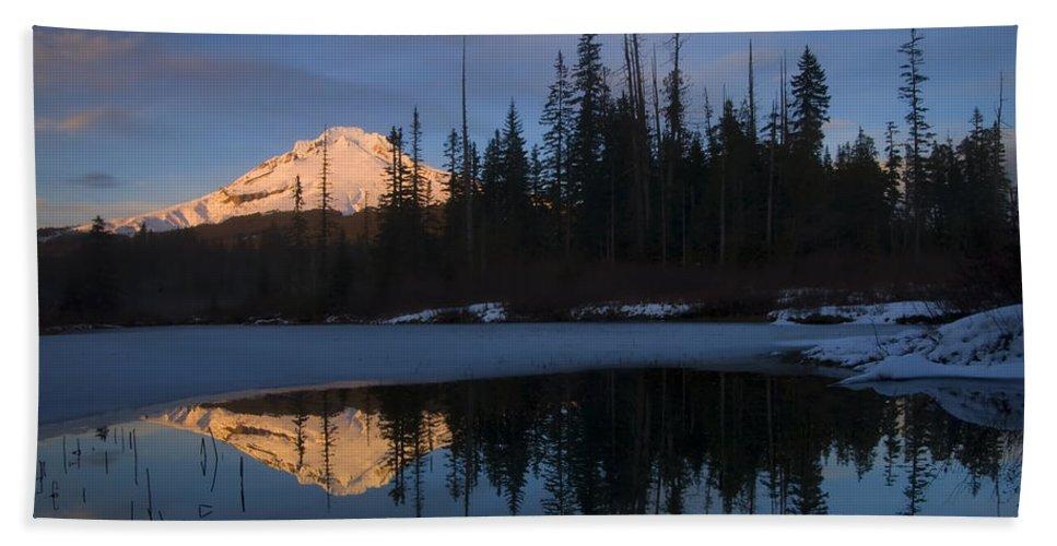 Mt. Hood Bath Sheet featuring the photograph Hood Alpenglow by Mike Dawson