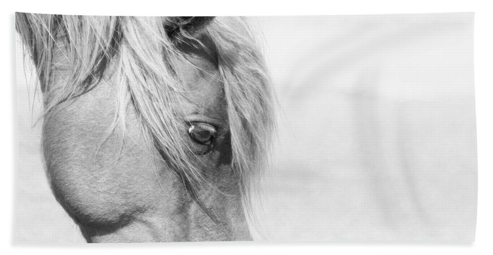 Wild Horse Hand Towel featuring the photograph Horse Eye by Stephanie McDowell