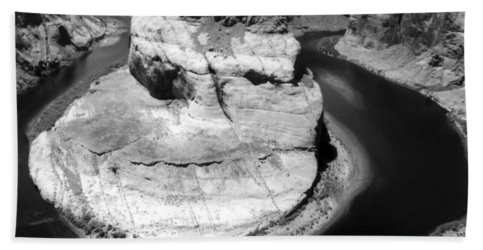 Hand Towel featuring the photograph Horseshoe Bend Black And White by Heather Kirk