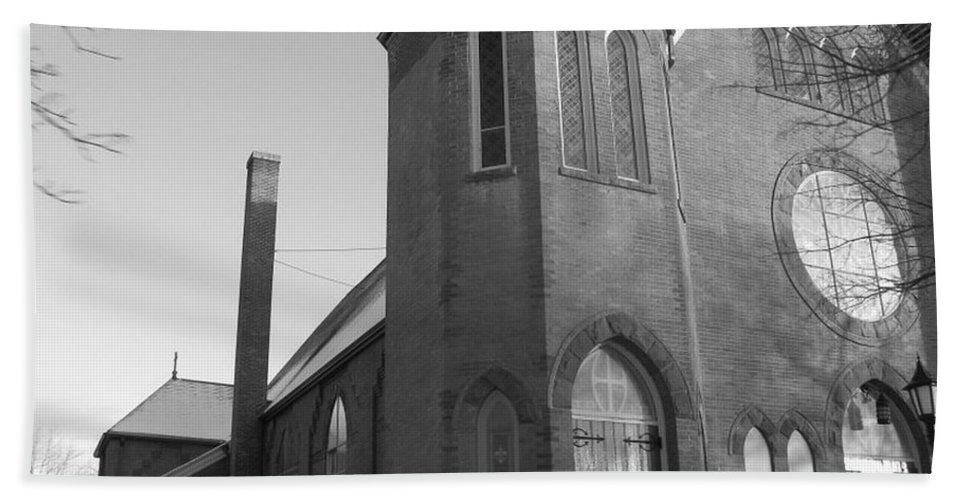 House Bath Towel featuring the photograph House Of God by Rhonda Barrett
