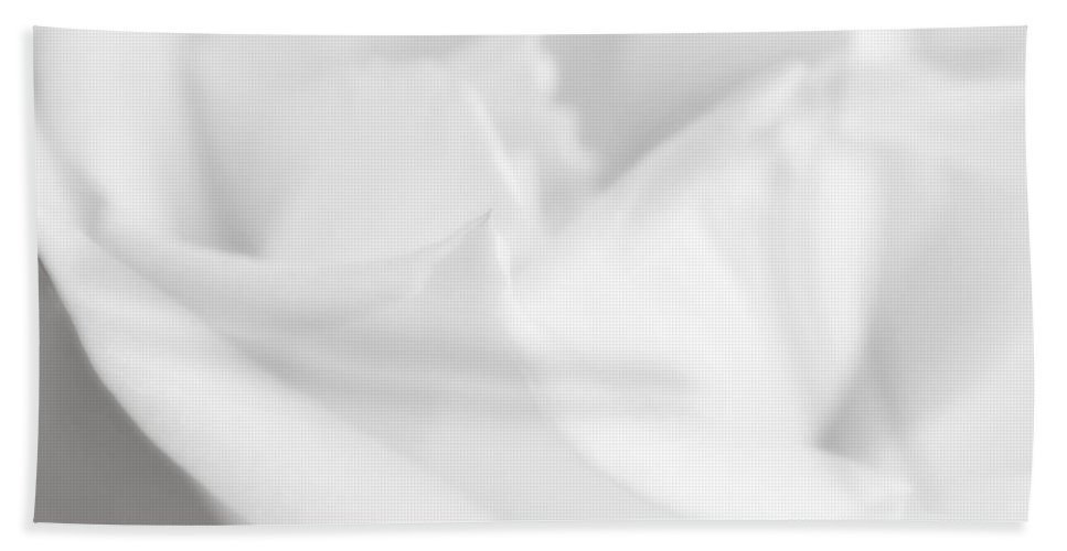 Rose Hand Towel featuring the photograph How I Feel In Your Arms by Donna Blackhall