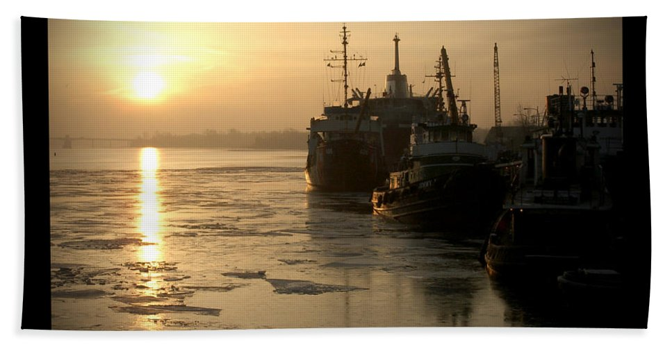 Boat Hand Towel featuring the photograph Huddled Boats by Tim Nyberg
