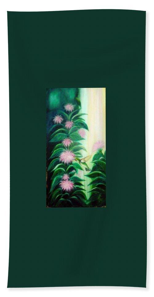 Hummingbird Hand Towel featuring the painting Hummingbird by Dina Holland