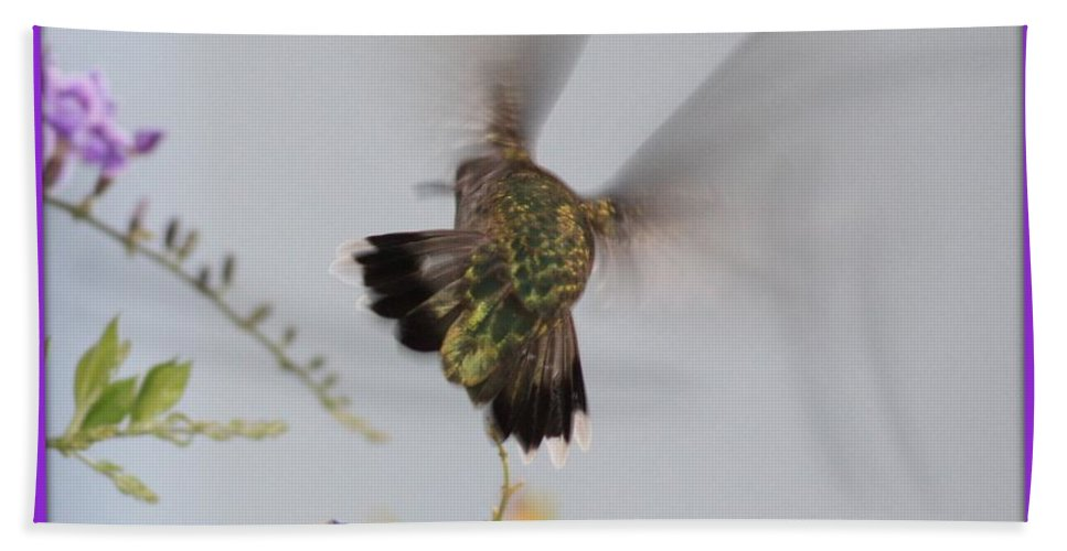 Digital Art Bath Towel featuring the photograph Hummingbird Wings by Carol Groenen