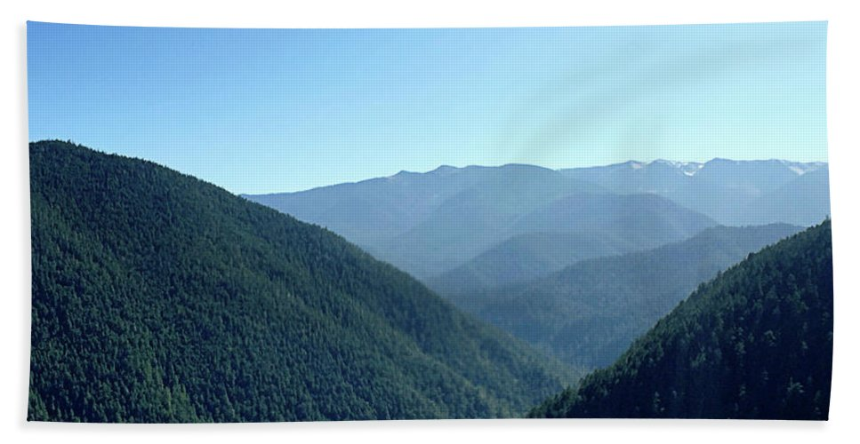 Hurricane Hand Towel featuring the photograph Hurricane Ridge by Alex Pyro