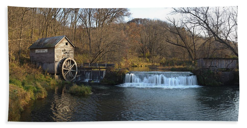 Creek Hand Towel featuring the photograph Hyde Mill Wisconsin by Steve Gadomski