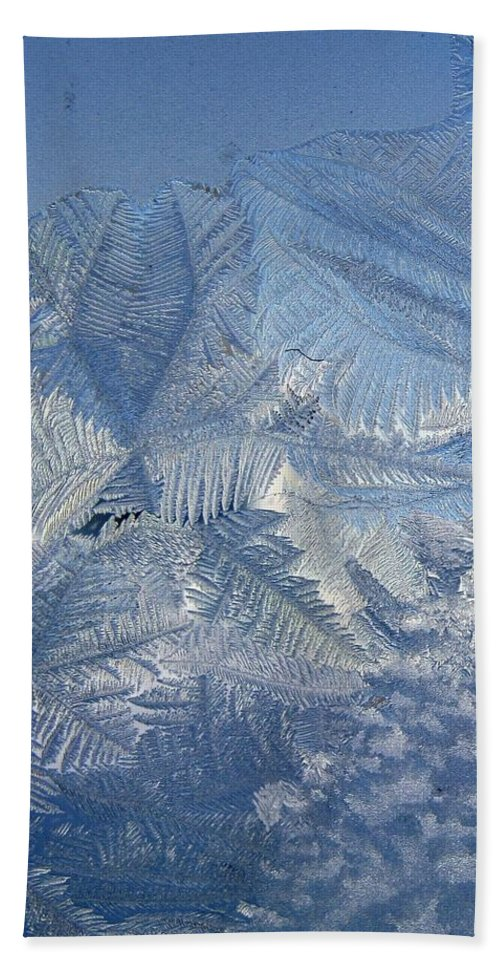 Ice Hand Towel featuring the photograph Ice Crystals by Rhonda Barrett