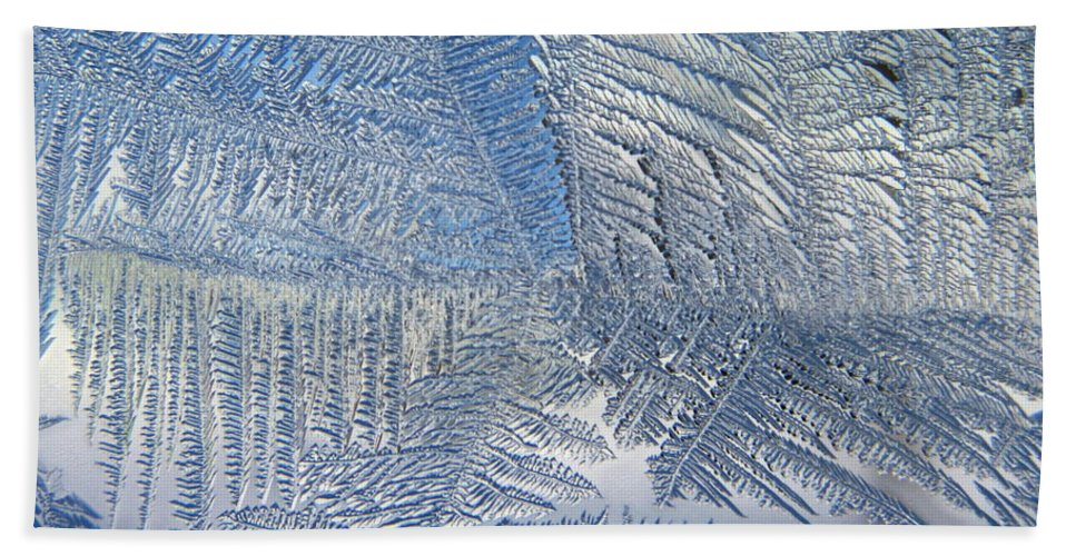 Ice Hand Towel featuring the photograph Ice Galore by Rhonda Barrett