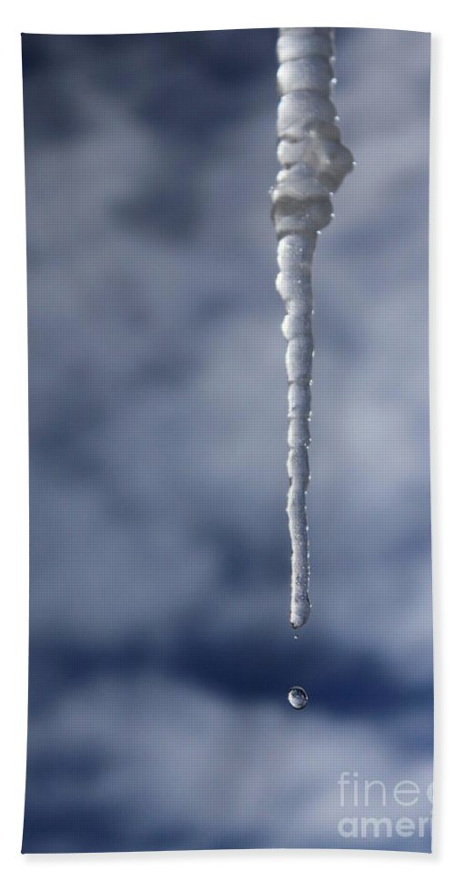 Icicle Bath Sheet featuring the photograph Icicle And Water Drop by James Eddy
