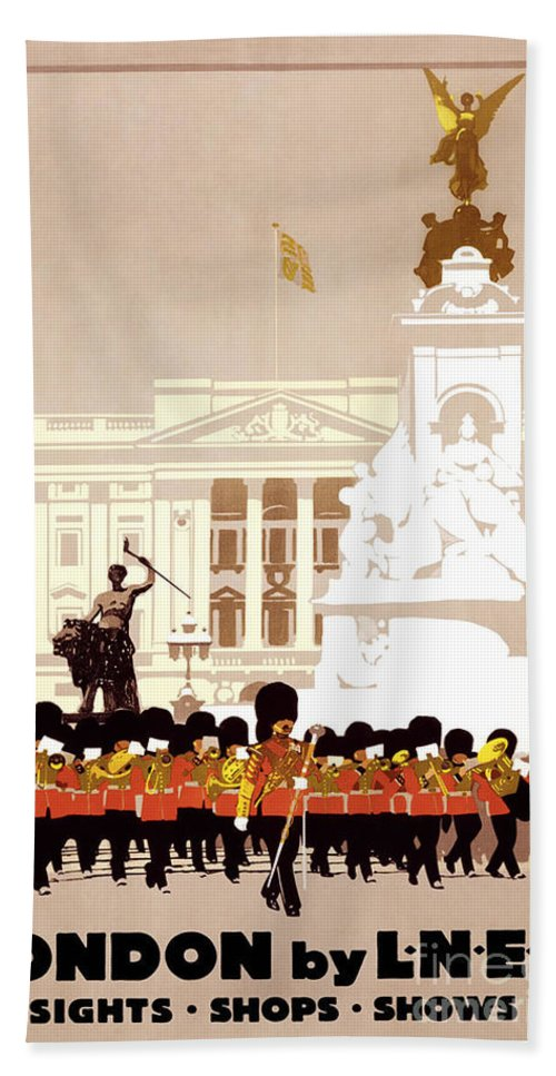 Iconic London Hand Towel featuring the painting Iconic London by Pd
