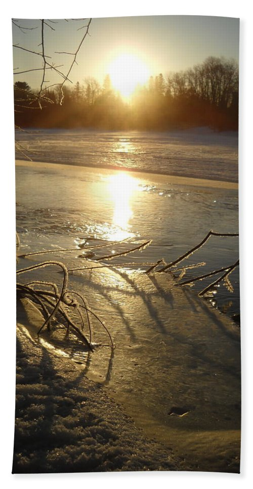 Sunrise Bath Sheet featuring the photograph Icy Mississippi River Bank At Sunrise by Kent Lorentzen