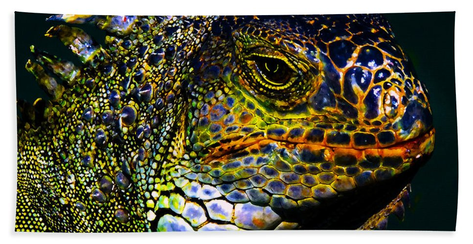 Art Hand Towel featuring the painting Iguana by David Lee Thompson