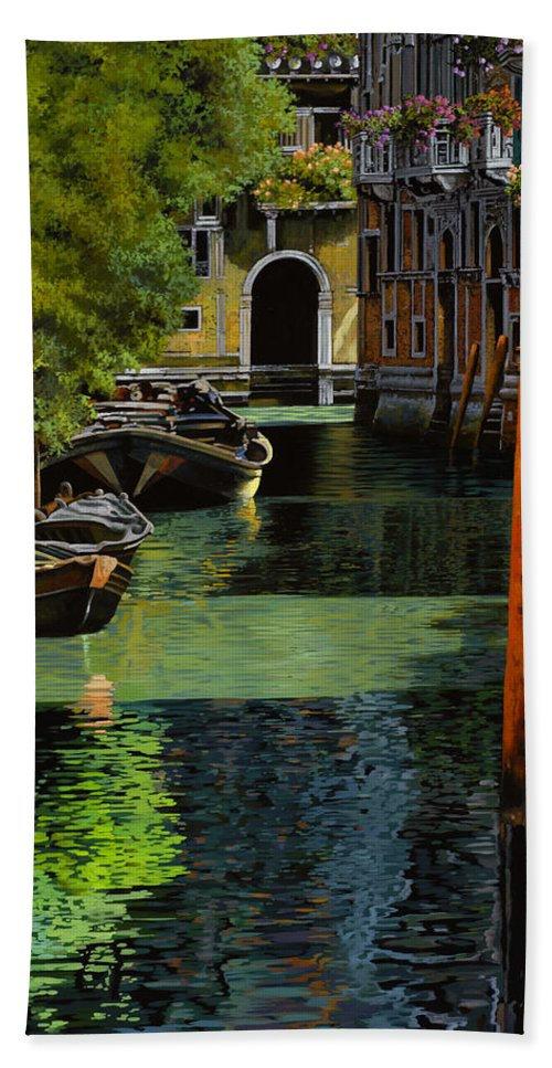 Venice Bath Towel featuring the painting il palo rosso a Venezia by Guido Borelli