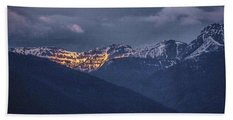 North Idaho Hand Towel featuring the photograph Illuminating The Scotchmans by Albert Seger