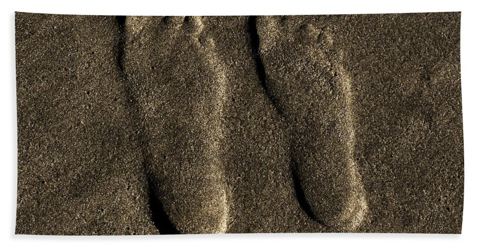 Beach Hand Towel featuring the photograph Impressions Of Love by Bob Geary