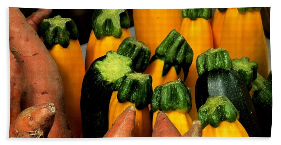 Zucchini Hand Towel featuring the photograph In A Row by Ian MacDonald