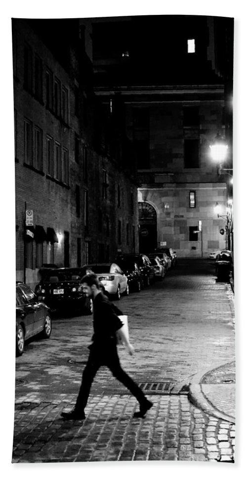 Street Bath Sheet featuring the photograph In A Rush by Eli Guzman