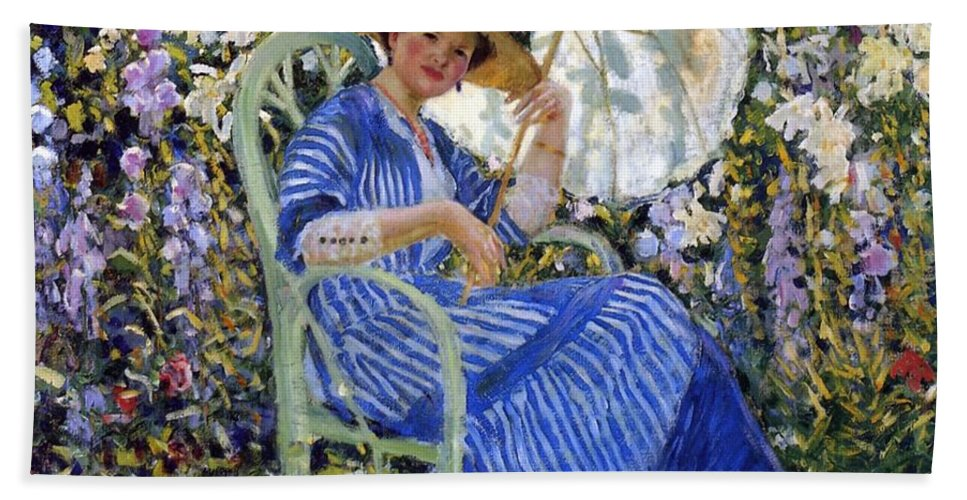 In The Garden Hand Towel featuring the painting In The Garden by Frederick Carl Frieseke