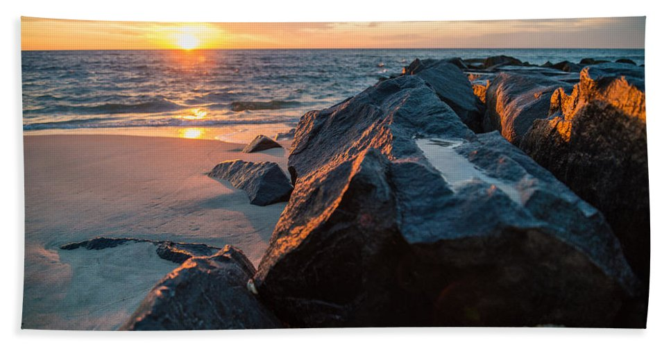 New Jersey Hand Towel featuring the photograph In The Jetty by Kristopher Schoenleber