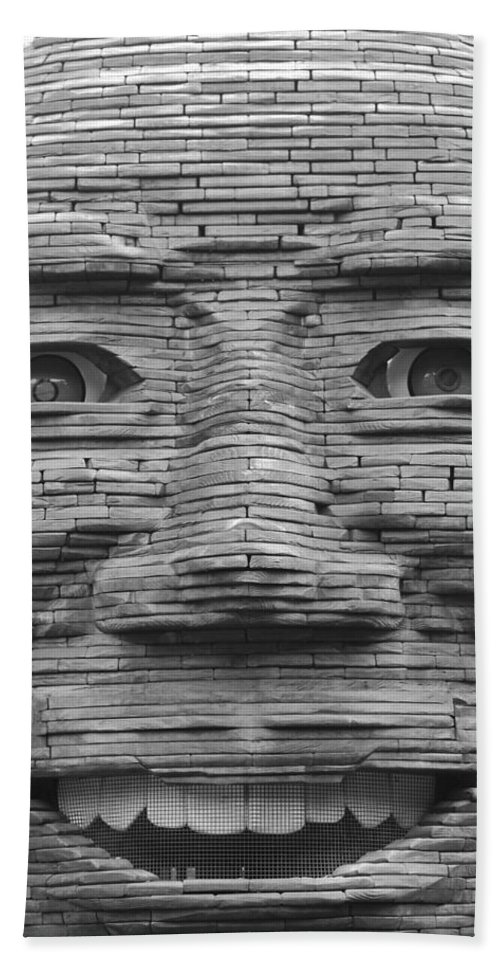 Architecture Hand Towel featuring the photograph In Your Face by Rob Hans