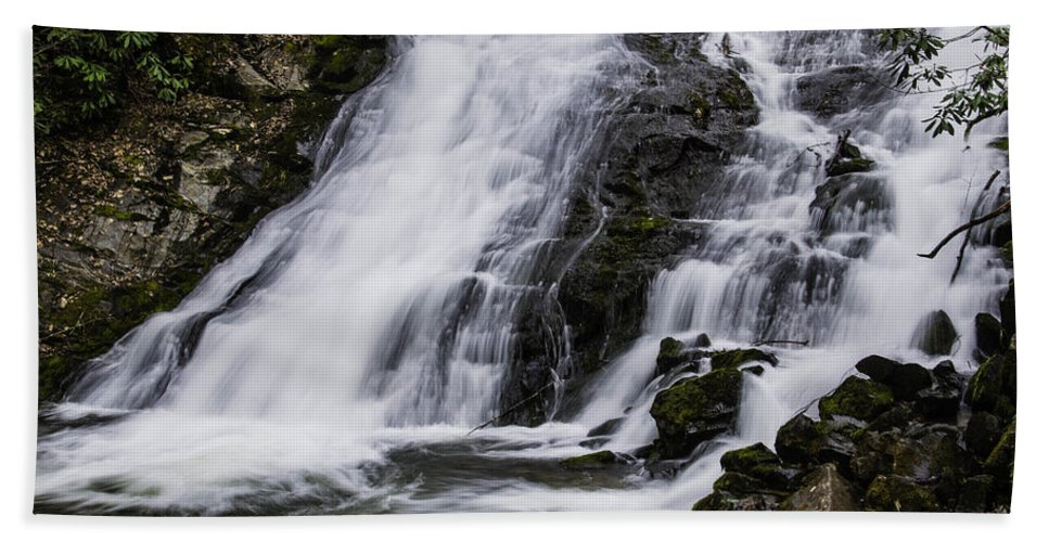 Columbia Gorge Bath Sheet featuring the photograph Indian Creek Falls 1 by Ingrid Smith-Johnsen
