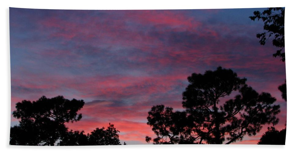 Sunsets Hand Towel featuring the photograph Into Night by Greg Patzer