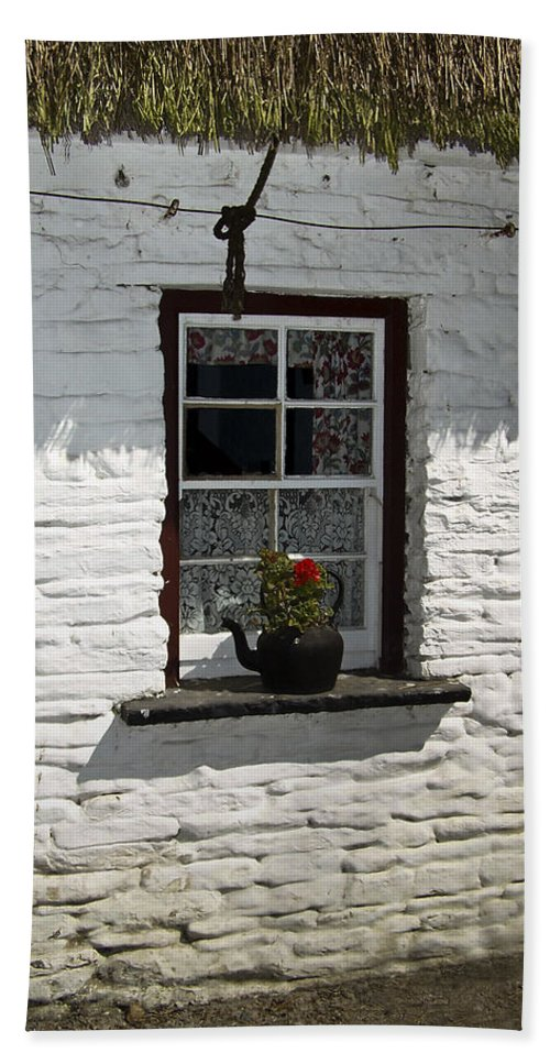 Irish Hand Towel featuring the photograph Irish Kettle Of Geraniums County Cork Ireland by Teresa Mucha