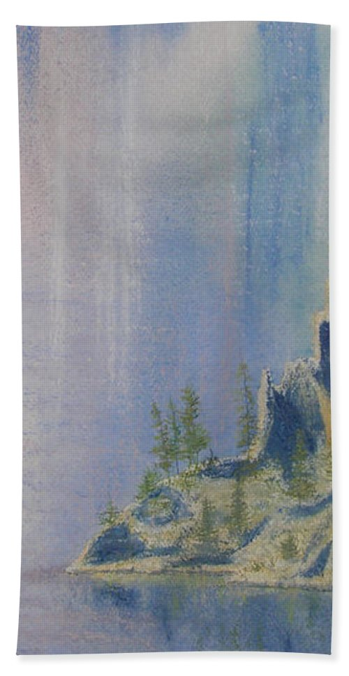 Island Bath Towel featuring the painting Isle Of Reflection by Lynn Quinn