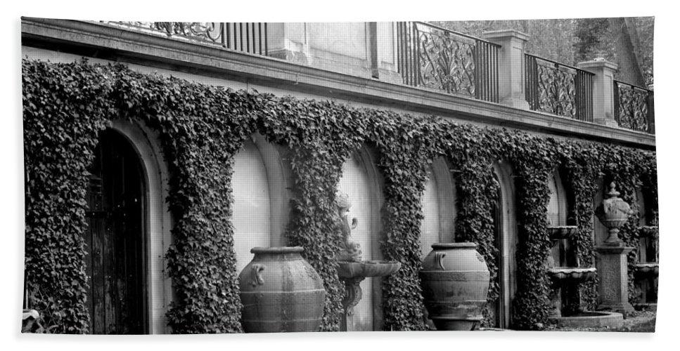 Italian Hand Towel featuring the photograph Italian Garden by Deborah Crew-Johnson