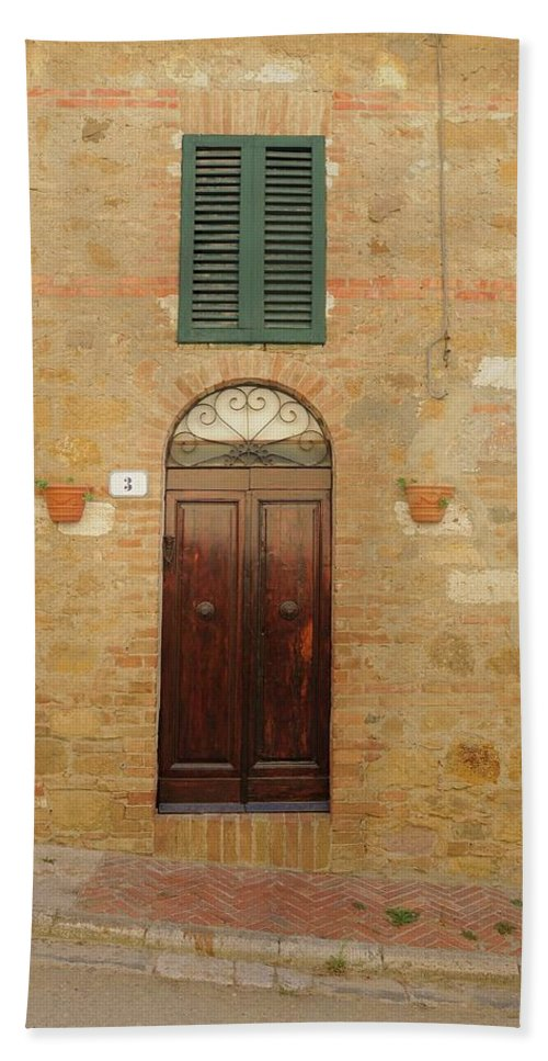 Europe Hand Towel featuring the photograph Italy - Door Twenty One by Jim Benest