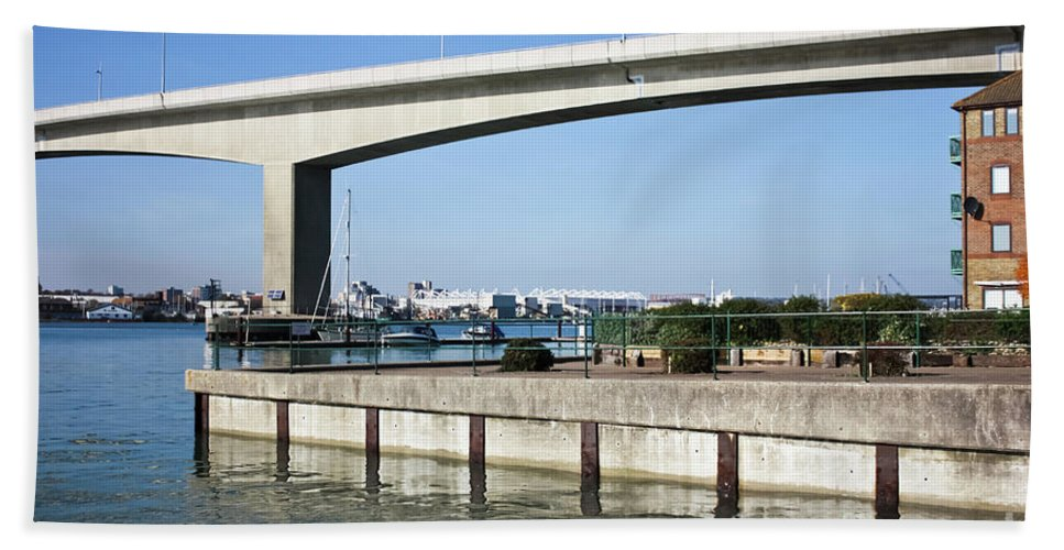 Itchen Bridge Southampton Hand Towel featuring the photograph Itchen Bridge Southampton by Terri Waters