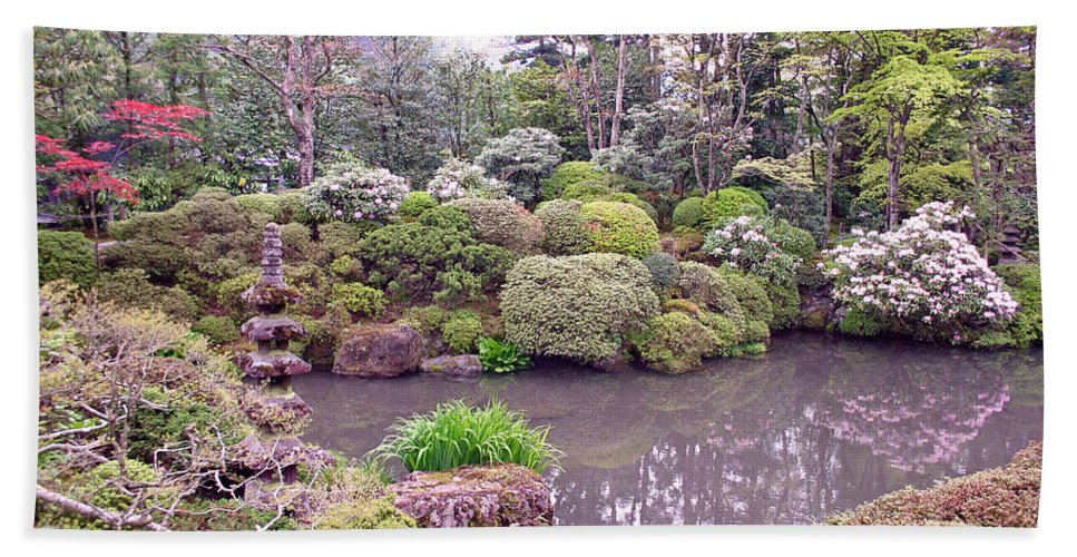 Nikko Hand Towel featuring the photograph Japanese Garden by David Rucker
